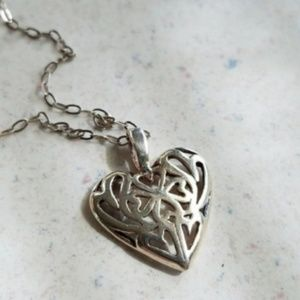 Jewelry - Vintage Sterling Hearts Irish Pendant Necklace